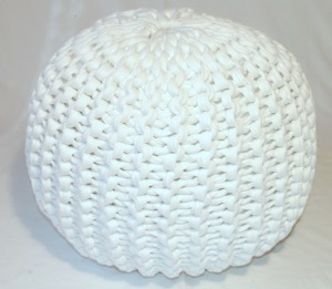 Pattern knitted pouf