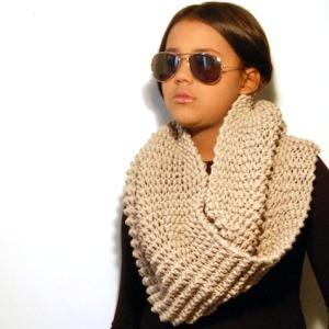 DSC_0606 sjaal beige los 2